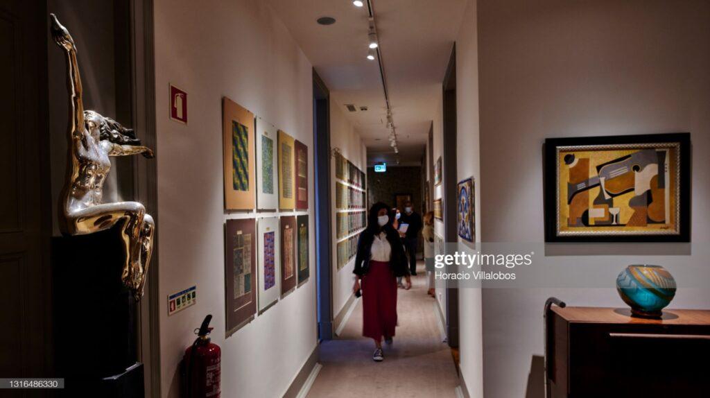 Correspondentes visitam o novo museu B-MAD | Foto: Horacio Villalobos